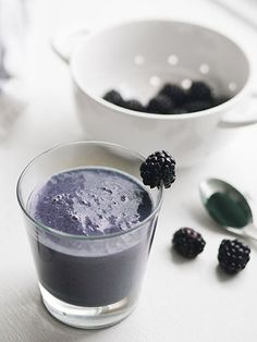 Bye-Bye, Blues Super Smoothie When you're blah, a little nutrition can do wonders. This cleverly named smoothie is full of antioxidant-rich blueberries, vitamin-loaded spirulia, and good fatty acids from chia seeds to help with mood and (bonus!) heart health.