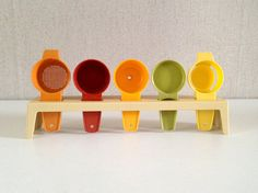 Vintage tupperware ustensils set vintage / by EphemereIntemporel
