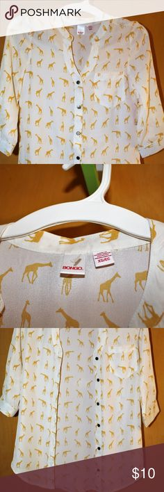 Ivory & Yellow Giraffe Button Down Top NWT Bongo button down top is off white/Ivory with Yellow Giraffes printed all over and a pocket on the left chest. No stains or defects. Pair with jeans or leggings.  Bundle and save.  All my listings come from clean, smoke free, pet free home. BONGO Tops Button Down Shirts