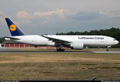 D-ALFA Lufthansa Cargo Boeing 777-FBT freighter