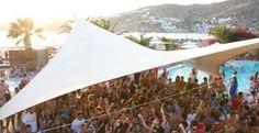 Dnevne žurke se podrazumevaju na Iosu!  #ios #greece #hora #party http://go2travelling.net/putovanja/go2-leto-2014/ios-grcka-2014