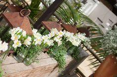 Decoração de Congregabahia Eventos.   O casamento de Daniela e Fabio foi   publicado no Euamocasamento.com, e as   fotos são de Débora Pitanguy.   #euamocasamento #NoivasRio   #Casabemcomvocê