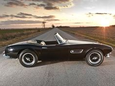 A drop-dead gorgeous design with sensuous curves and sophisticated performance, the BMW 507 Roadster has the lot.