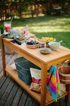 Simple Summer Entertaining. Let's make it happen. (Recipe: Carnitas)