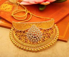 Manubhai Jewellers Collection  Shop Bangles, Chain, Necklace, Ring, Diamonds, Gold jewellery  Borivalu, Mumbai  manubhai.in Bridal Bangles, Bridal Necklace, Gold Bangles, Necklace Set, Bridal Jewellery, Gold Jewellery, Gold Jewelry Simple, Simple Necklace, Chuda Bangles