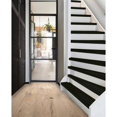 Open Trap, Stair Renovation, New Homes, Stairs, Living Room, Interior Design, House, Inspiration, Lifestyle