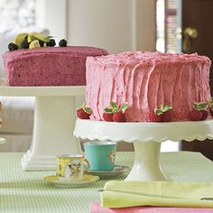 If you love lots of frosting, double this blackberry buttercream recipe.