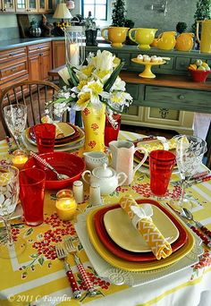 Red, yellow and white, mixed patterns, same shapes. Cheerfully gorgeous.