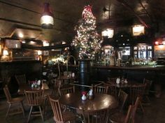 Griswold Inn: The bar - wonderfully quirky