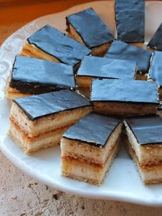 Hungarian Cake, Hungarian Recipes, Winter Food, Cakes And More, Cornbread, Biscuits, Caramel, Sweet Tooth, Cheesecake