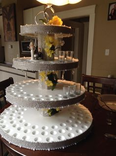 Shooter Wedding Cake - VarageSale Sarnia
