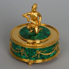 Products made of malachite