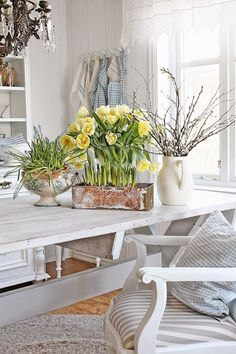 VIBEKE DESIGN: Spring has moved into ....
