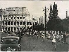 La partenza della maratona alle Olimpiadi di Roma del 1960