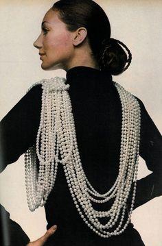 Marisa Berenson by Gianni Penati for Vogue US, February 15th, 1970.