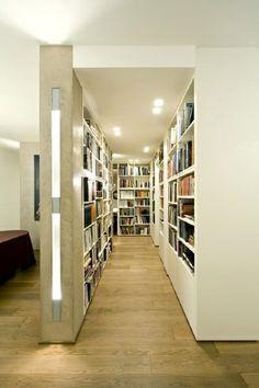 corridoio con librerie - BMMC Studio