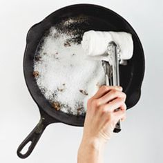 "How to ""Wash"" Your Cast-Iron Skillet"