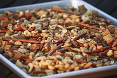 Slow Cooker Chex Mix Recipe -- A Chex mix recipe you can make in your crockpot slow cooker. Another great thing for my crockpot. Crock Pot Slow Cooker, Crock Pot Cooking, Slow Cooker Recipes, Crockpot Recipes, Cooking Recipes, Cooking Tips, Appetizer Recipes, Snack Recipes, Appetizers