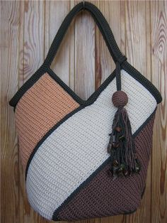 """New Cheap Bags. The location where building and construction meets style, beaded crochet is the act of using beads to decorate crocheted products. """"Crochet"""" is derived fro Bag Crochet, Crochet Handbags, Crochet Purses, Crochet Crafts, Crochet Stitches, Crochet Projects, Crochet Patterns, Sac Granny Square, Diy Sac"""