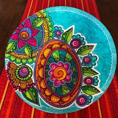 Hand Painted Furniture, Funky Furniture, Love Canvas Painting, Mexican Crafts, Mural Wall Art, Pet Rocks, Barn Quilts, Ceramic Painting, Plates On Wall