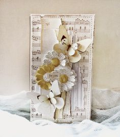 Minna Paajanen from Sizzix UK: For you, using the Big Shot Starter kit flowers and Butterfly
