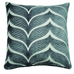 Modern cushions in mixed patterns Modern Cushions, Homesense, Thing 1, Boconcept, Pattern Mixing, Different Styles, Textiles, Throw Pillows, Cool Stuff