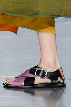 London Fashion Weeks, Milan Fashion, Charlotte Olympia, Quirky Shoes, Runway Shoes, Mode Blog, Prada Shoes, Paul Smith, Beautiful Shoes