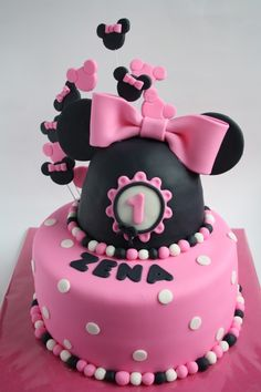 Minnie Mouse Cake like parts maybe for Zoey bday