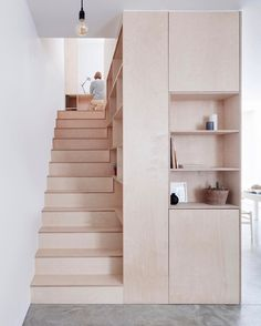 Minimal  We love the work Larissa Johnston did on this London based minimal maisonette. :: Have you seen Minimalism on Netflix? @TheMinimalists have some interesting ideas about living a minimal life. Definitely worth a watch!