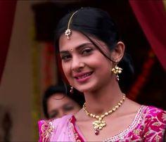 Sanjay Leela Bhansali, Indian Drama, Jennifer Winget, Indian Beauty, Indian Actresses, Celebrities, Face, Color, Beautiful