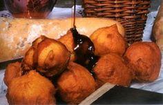 Malassadas  com mel de cana (honey cane) -Madeira