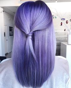 Try it these Beautiful Purple Highlights on your hair and get the fantastic look in Hair Trendy Purple Hair Color Ideas & Styles for 2019 Hair Color Purple, Hair Dye Colors, Cool Hair Color, Vivid Hair Color, U Cut Hairstyle, Cool Hairstyles, Hairstyle Ideas, Medium Hairstyle, Long Layered Haircuts