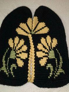 Tunisian Crochet Stitches, Knit Crochet, Slipper Socks, Crochet Slippers, Knitting Socks, Diy And Crafts, Projects To Try, Crochet Patterns, Beanie