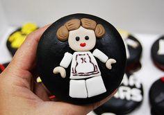 Leia cupcake