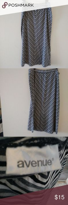 Skirt A-line maxi. Stripe black, white, & gray. Stripes are diagonal. 1 1/2 inch waist band. Avenue Skirts Maxi