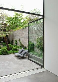 terrassembelag beton bambus sichtschutz