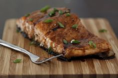 Maple Balsamic Glazed Salmon: 1 sampon fillett (2lbs) but into 6 serving pieces, salt & pepper, 1/4 c maple syrup, 1/4 c balsamic vinegar, 1 clove chopped garlic, thinly sliced green onions