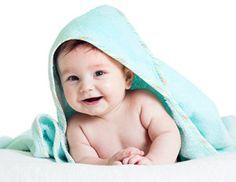Dez dicas para ajudar o seu bebé a dormir melhor -- Sabia que há truques, utilizados durante o banho, para ajudar o seu bebé a relaxar e dormir melhor?