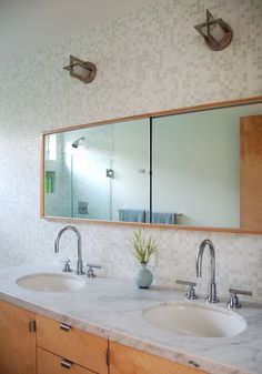 Mosaic tile from Trend offers a muted sense of warmth in this house in the Mar Vista area of Los Angeles.