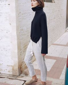 The incessant rain has been cramping my style. So much so that I spent the majority of myday yesterdayresearching vacation destinations in warmer climates. I'm craving thefeeling of the sun beaming on my face, wherever that might be. AndNanushka's resort collection is making that longing