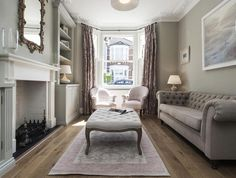 Interior design awesome victorian living room design with for Minimalist victorian living room