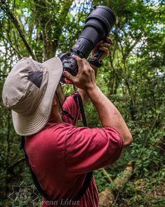 """http://www.arenalotus.com/ """"Aquele que mergulha na viagem do ver tem que estar sempre com as portas da percepção abertas.""""Araquém Alcântara Quer mergulhar nessa viagem com a gente? Entre no nosso site! Curtam nossa Fanpage! http://www.arenalotus.com/ #arenalotus #josepharena #photographyislifee #fotografia #fotógrafo #photography #photographer #pontagrossa #parqueestadualdevilavelha #pr #brasil #brazil #pessoas #people #aventureiros #adventurers #árvore #tree #natureza #nature"""