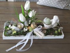 Big Best Picture For spring wreaths peonies For Your Taste You are looking for something, and it is Easter Flower Arrangements, Easter Flowers, Diy Flowers, Diy Spring Wreath, Diy Wreath, Easter Tree Decorations, Fleurs Diy, Deco Floral, Easter Holidays