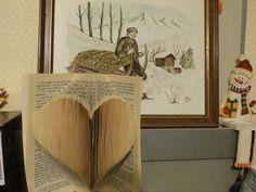 Patron gratuit pour réaliser un livre plié coeur.