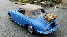 Porsche 356 cabriolet bleu