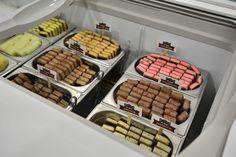 Os bombons de sorvete da Feito de Sorvete estão no Shopping Iguatemi! <3 O carrinho oferece 11 sabores de bombons (10 fixos e 1 itinerante) e fica no 2º piso! (Porto Alegre, RS, Brasil)