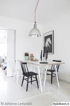 """Käyttäjän """"JLevomaki"""" ruokapöytä on sijoitettu omaan kodikkaaseen nurkkaukseensa. #styleroom #inspiroivakoti #ruokailutila"""