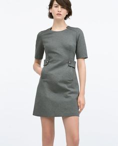 ROBE PATTES BOUTONS TAILLE GRISE de Zara 2015