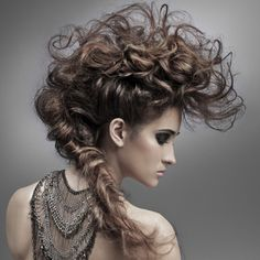 Peinado  tribal desenfadado
