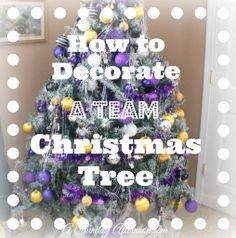 How to Decorate a Team Tree! team colored christmas tree minnesota vikings A Sunday Afternoon.com